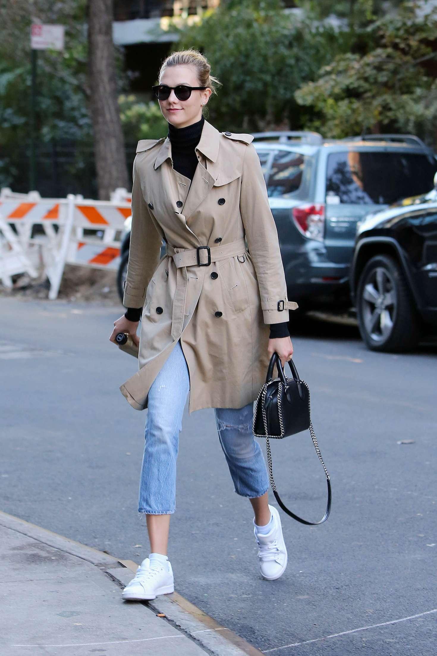 Karlie Kloss 2016 : Karlie Kloss in Jeans and Coat -15