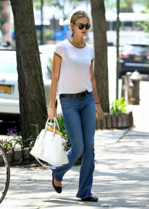 Karlie Kloss in Jeans Out in New York