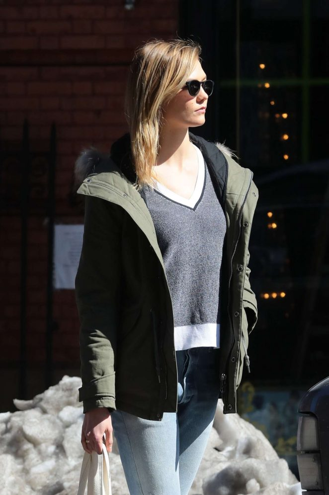 Karlie Kloss in Jeans out NYC