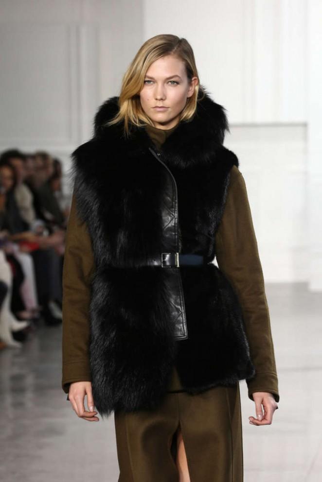 Karlie Kloss – Jason Wu Fashion Show in NYC