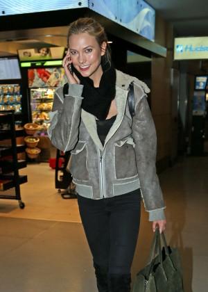 Karlie Kloss - JFK Airport in NYC