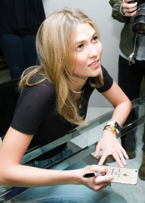 Karlie Kloss: Karlie Kloss x Frame Denim Meet and Greet -06