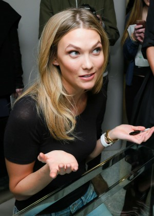 Karlie Kloss: Karlie Kloss x Frame Denim Meet and Greet -24