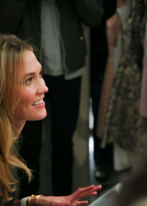 Karlie Kloss: Karlie Kloss x Frame Denim Meet and Greet -25