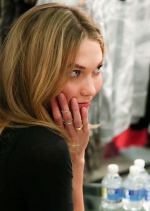 Karlie Kloss: Karlie Kloss x Frame Denim Meet and Greet -32