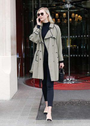 Karlie Kloss - Leaves her hotel in Paris
