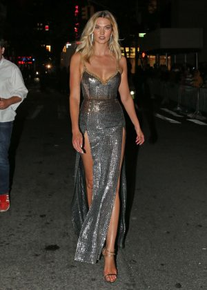 Karlie Kloss - Leaves MTV VMAs After Party in New York