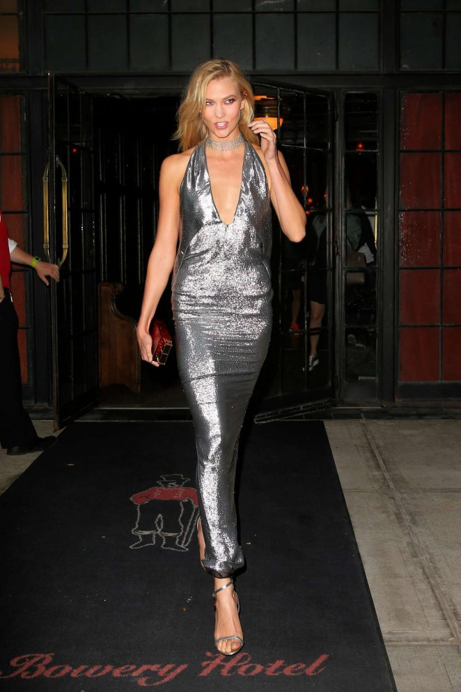 Karlie Kloss - Leaving the Bowery Hotel in New York City