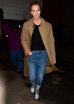 Karlie Kloss - Leaving the Marc Jacobs Fashion Show in New York