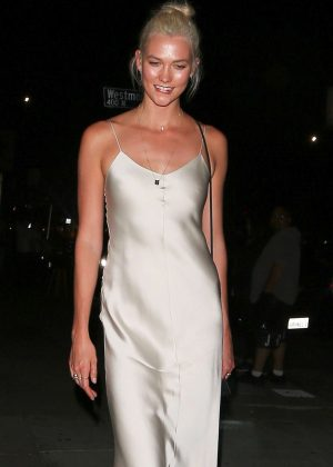 Karlie Kloss - Leaving The Nice Guy in West Hollywood