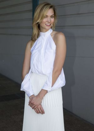 Karlie Kloss - Meets Fans and Signs Autographs in Sydney