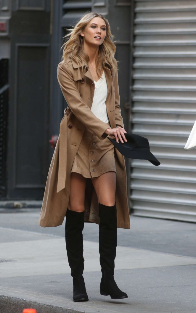 Karlie Kloss: Photoshoot in NYC -02
