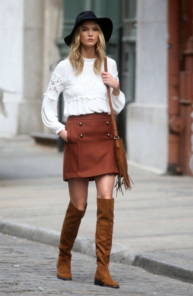 Karlie Kloss: Photoshoot in NYC -11