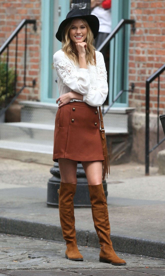 Karlie Kloss: Photoshoot in NYC -19