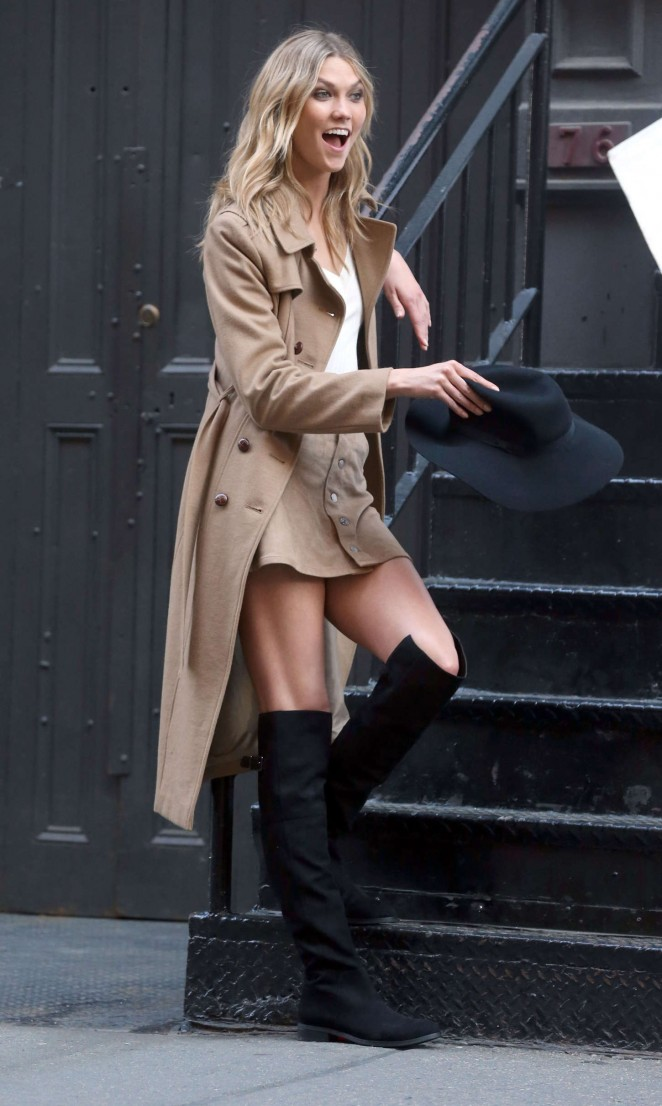 Karlie Kloss: Photoshoot in NYC -35