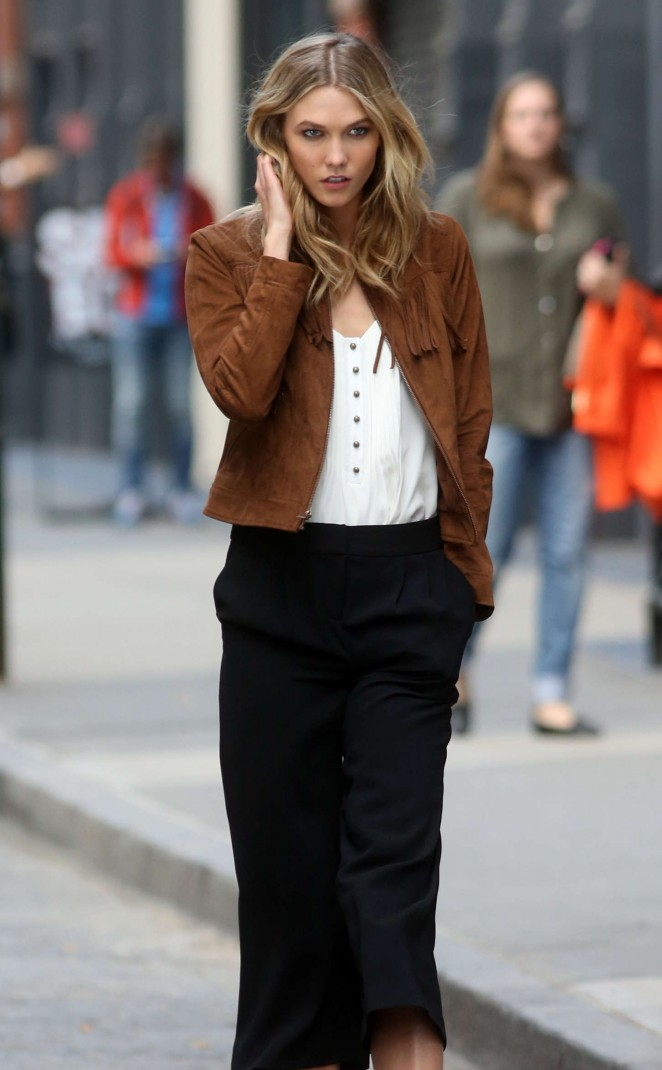 Karlie Kloss: Photoshoot in NYC -47