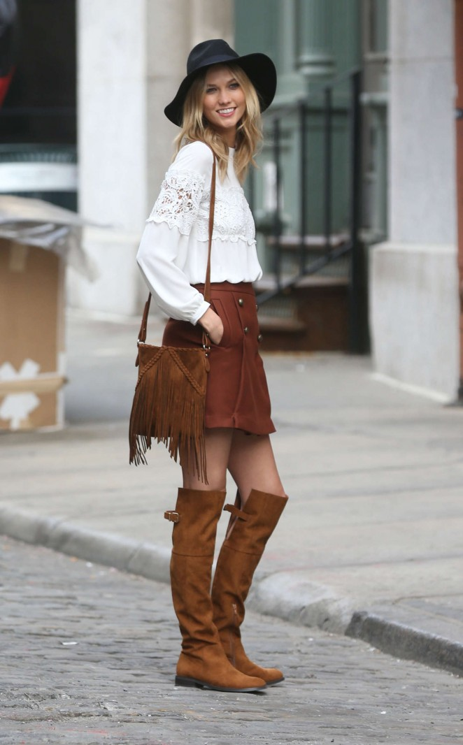 Karlie Kloss: Photoshoot in NYC -49