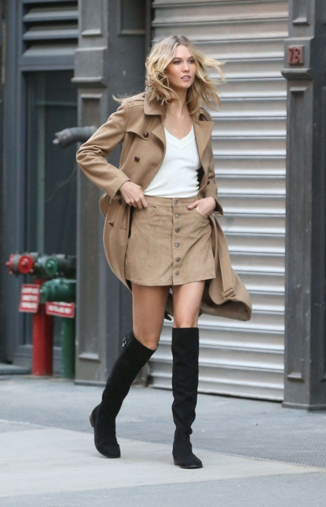 Karlie Kloss: Photoshoot in NYC -50