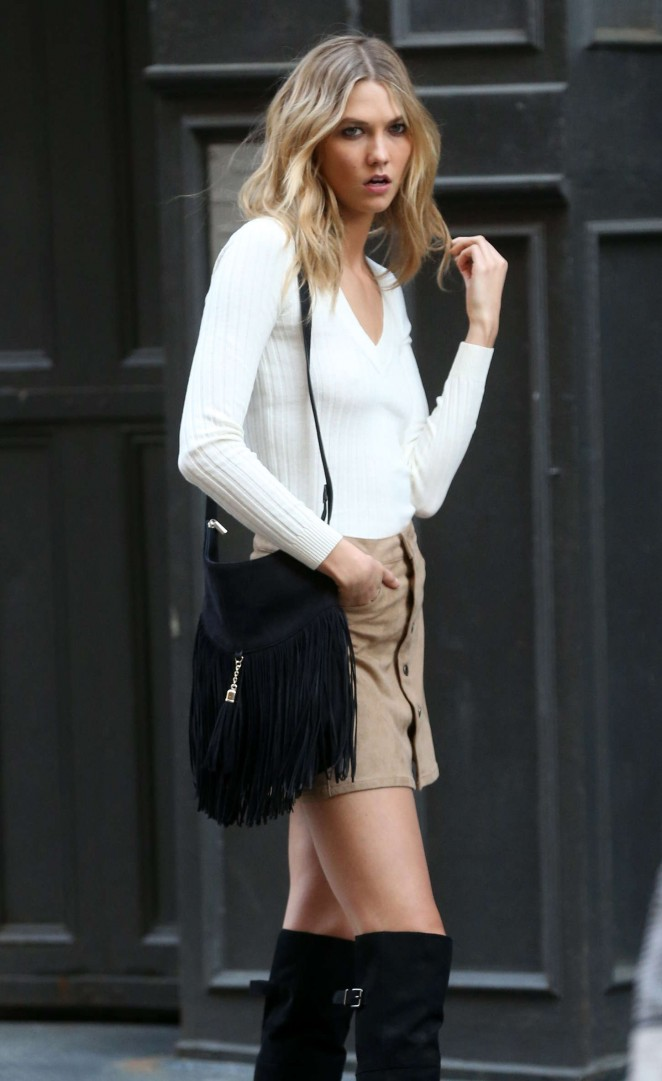 Karlie Kloss: Photoshoot in NYC -53