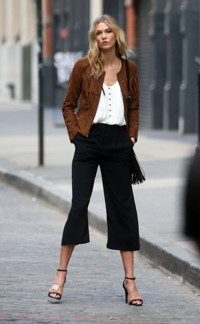 Karlie Kloss: Photoshoot in NYC -58