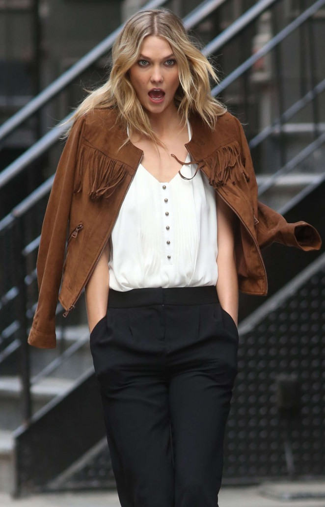 Karlie Kloss: Photoshoot in NYC -63