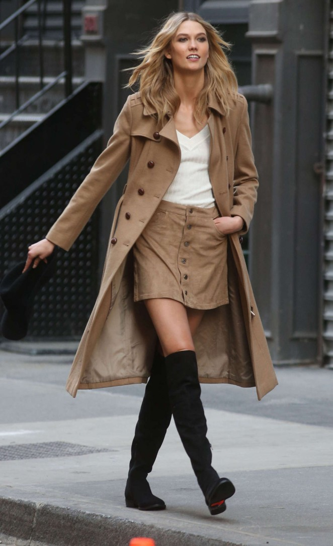 Karlie Kloss: Photoshoot in NYC -64