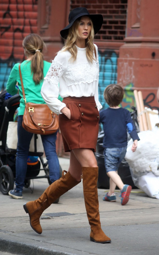 Karlie Kloss: Photoshoot in NYC -73
