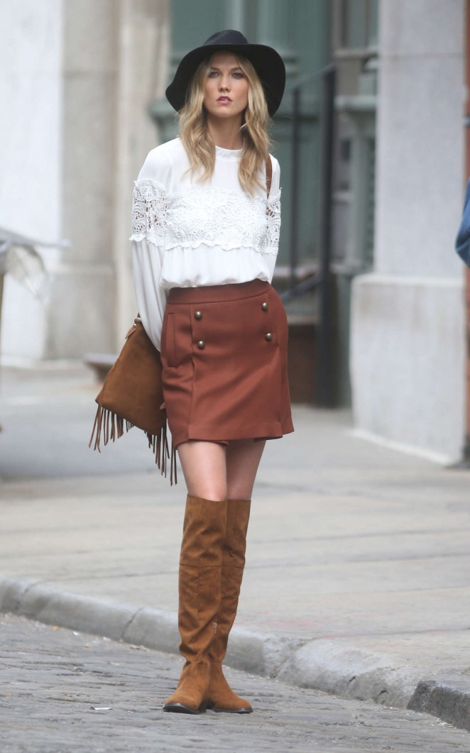 Karlie Kloss: Photoshoot in NYC -76