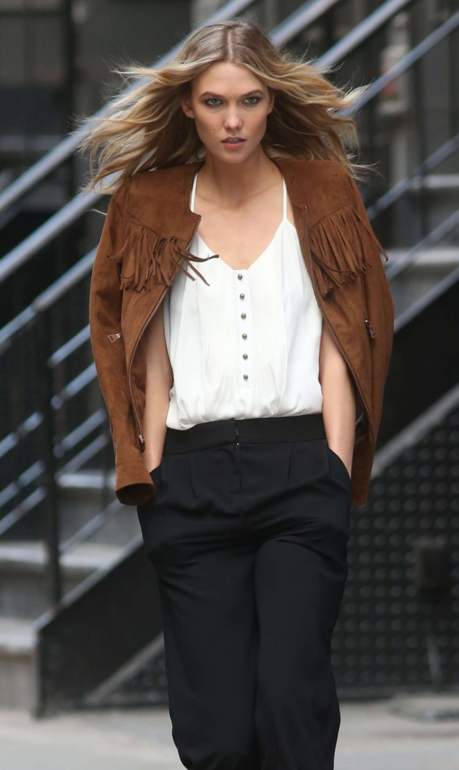 Karlie Kloss: Photoshoot in NYC -79