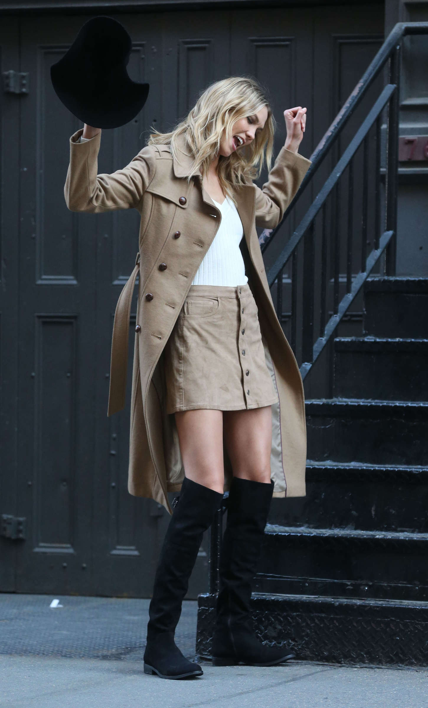 Karlie Kloss 2015 : Karlie Kloss: Photoshoot in NYC -82