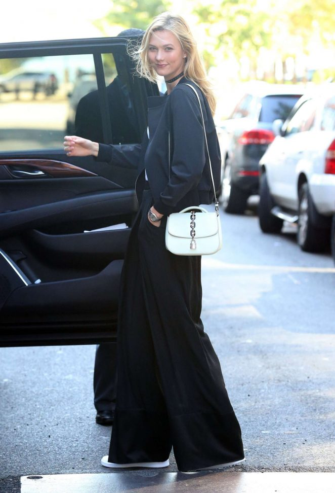 Karlie Kloss Out and about in New York -02