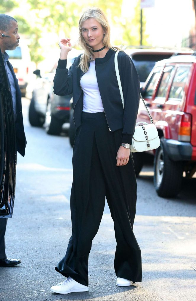 Karlie Kloss Out and about in New York -09