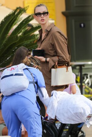 Karlie Kloss - Out and about in Saint-Tropez
