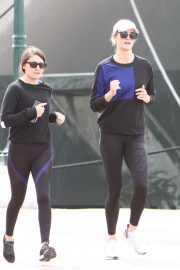 Karlie Kloss - Out for a run in Venice