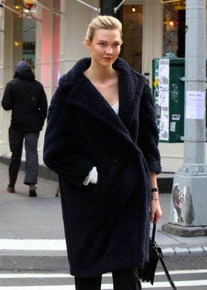 Karlie Kloss - Out in Manhattan