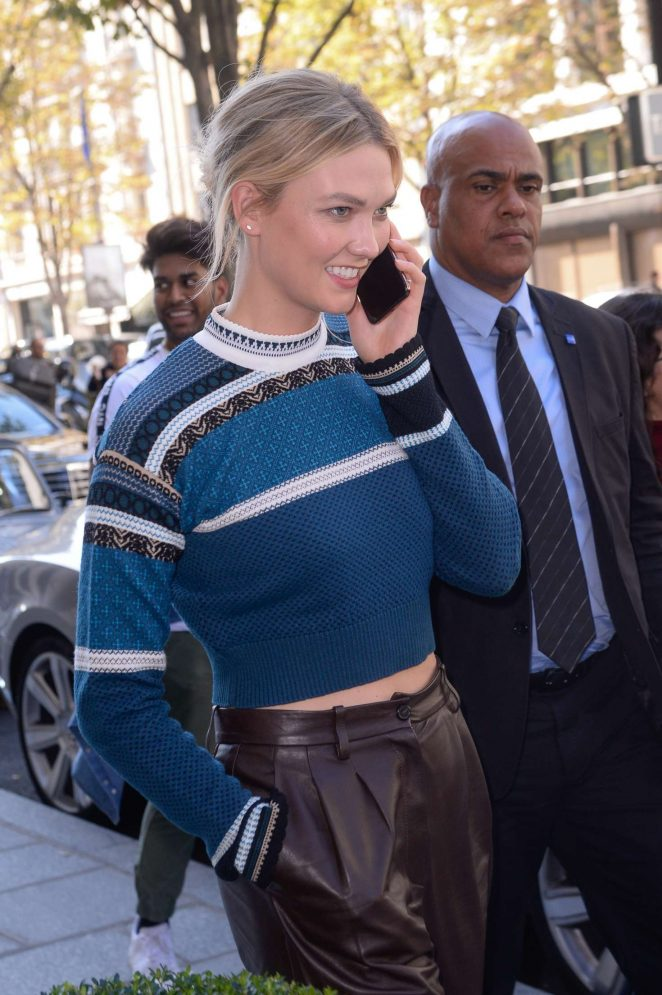 Karlie Kloss – Out in Paris