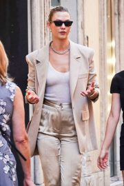 Karlie Kloss - Out in Rome