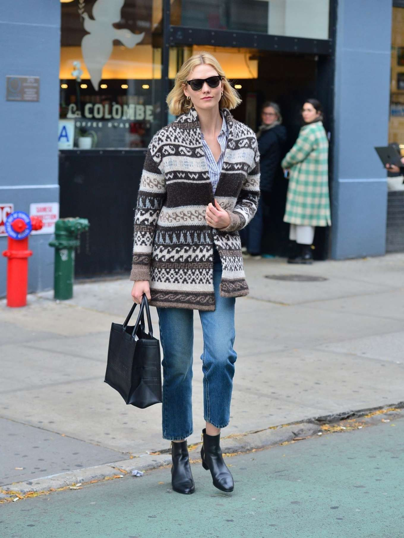 Karlie Kloss - Street Style out NYC