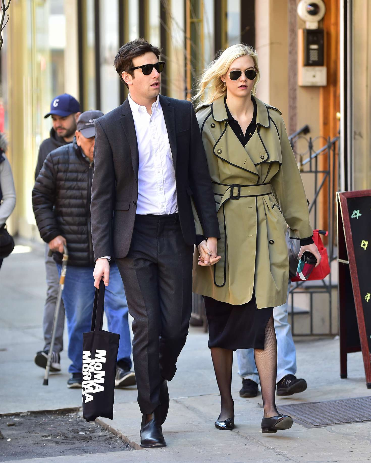 Karlie Kloss With Her Boyfriend Joshua In New York City 03 Gotceleb