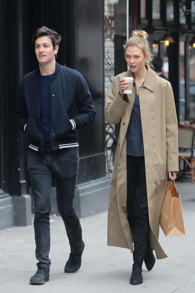 Karlie Kloss with Joshua Kushner shopping in SoHo
