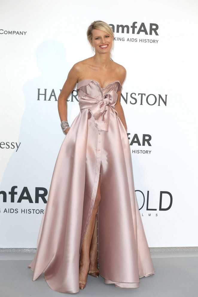 Karolina Kurkova - amfAR 2015 Cinema Against AIDS Gala in Cannes