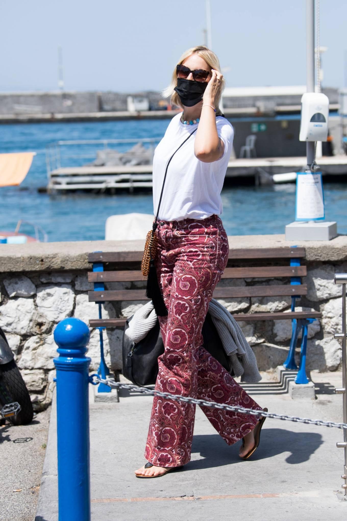 Karolina Kurkova - Seen in Capri ahead of the UNICEF italia