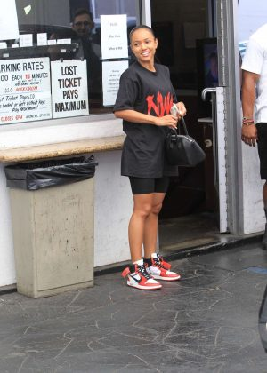 Karrueche Tran - Out in Los Angeles