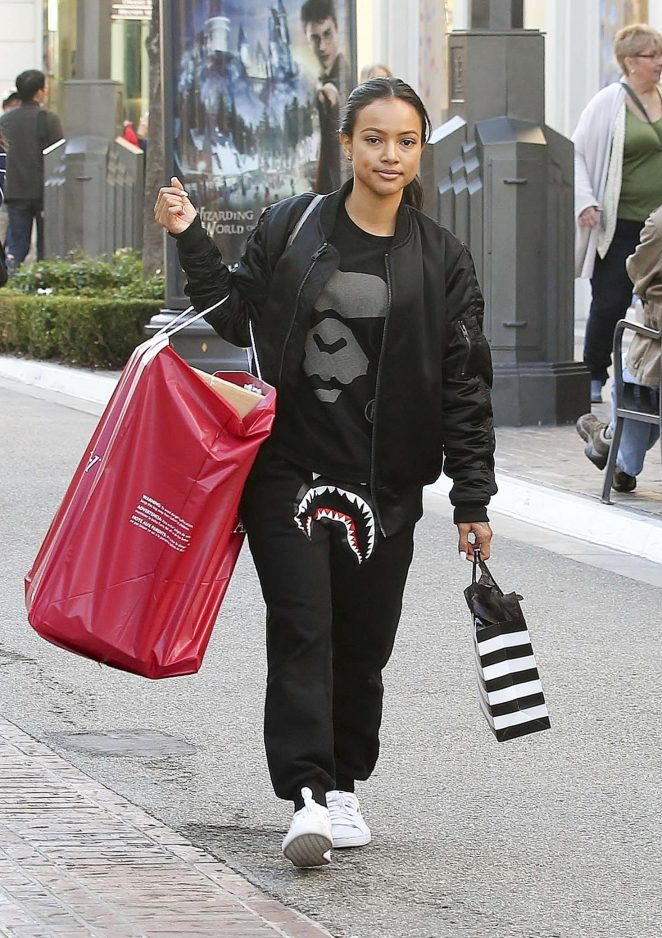 Karrueche Tran - Shopping at American Girl and Sephora in Hollywood