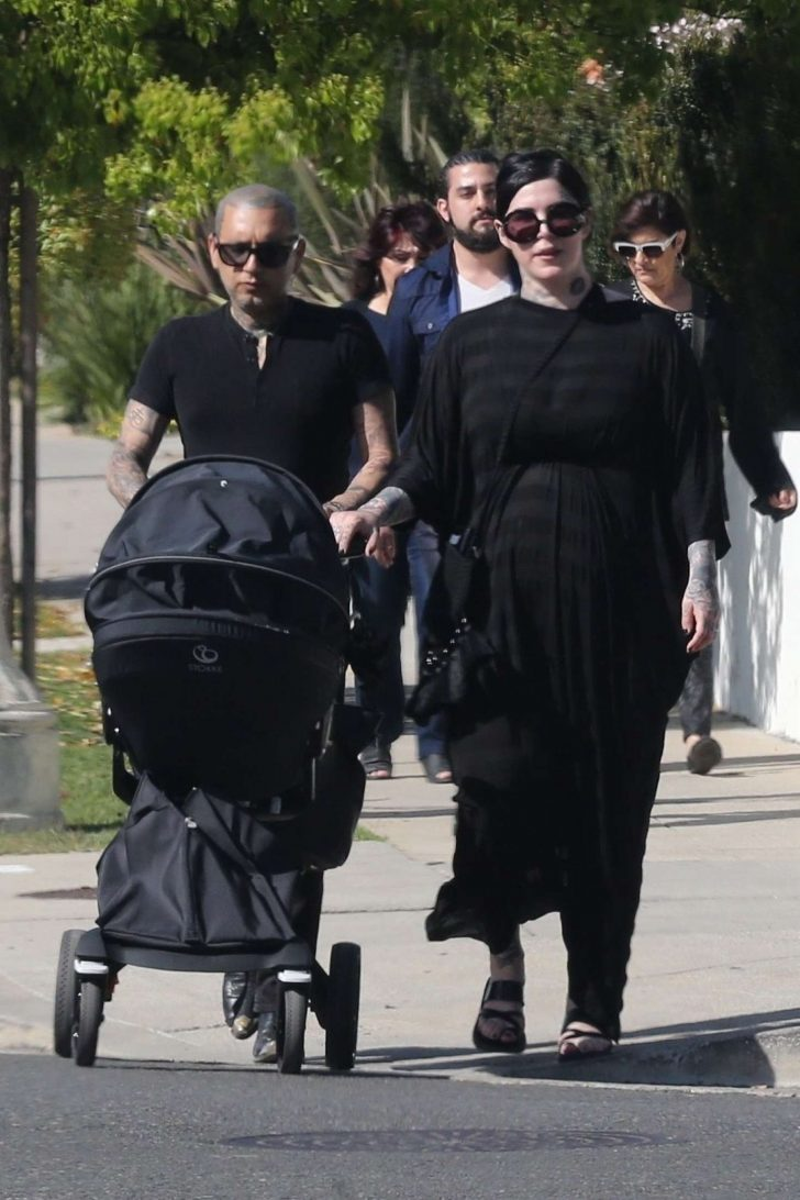 Kat Von D with her husband Rafael Reyes and their son Leafar -01