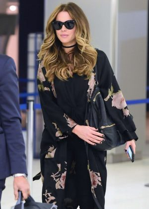Kate Beckinsale - Arrives at JFK airport in New York City