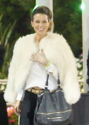 Kate Beckinsale - Arrives at the Fleetwood Mac concert in Inglewood