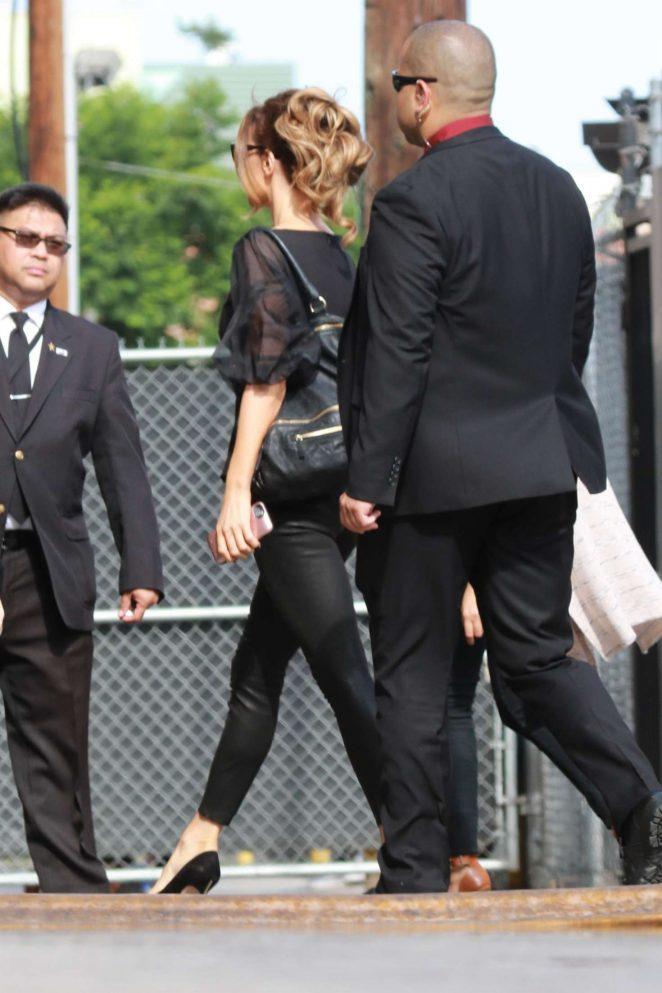 Kate Beckinsale: Arrives at the Jimmy Kimmel studio -07
