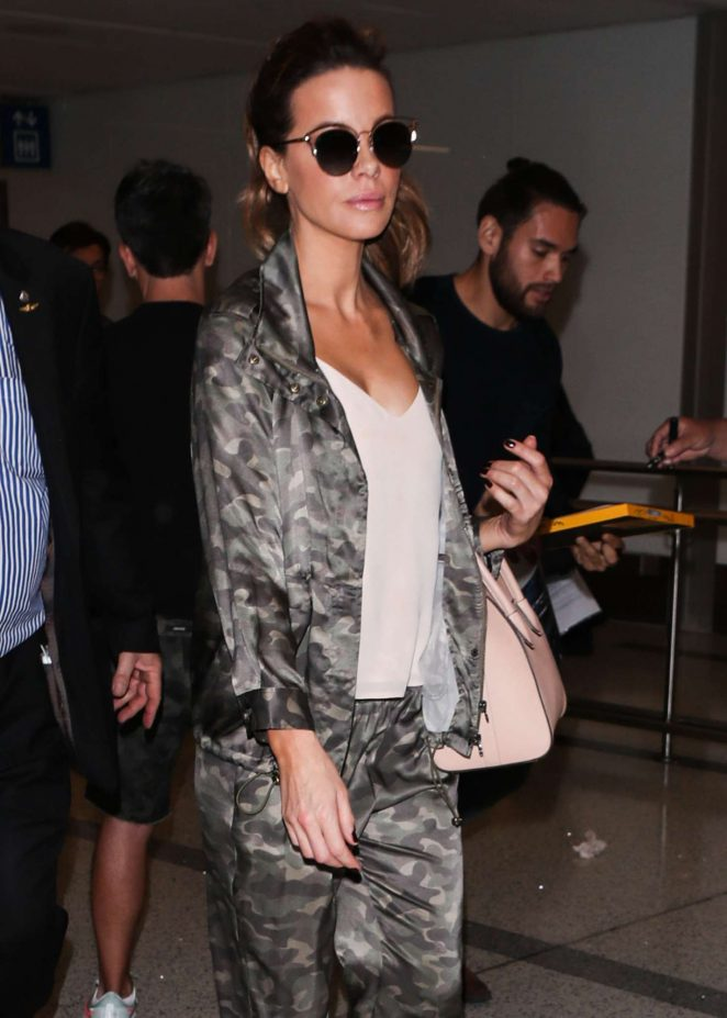 Kate Beckinsale at Los Angeles International Airport