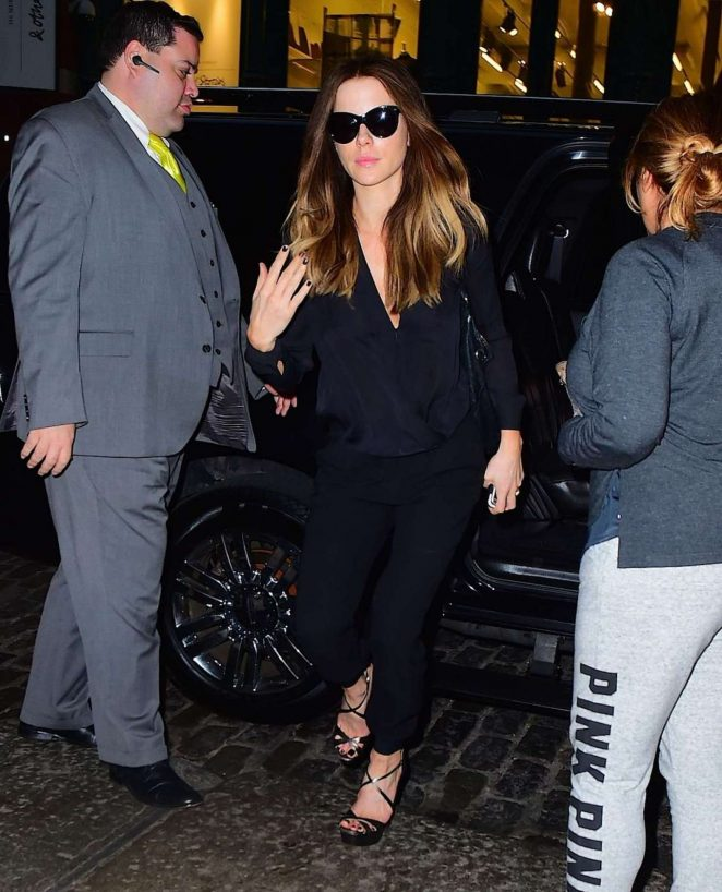 Kate Beckinsale at the Mercer Kitchen in NY